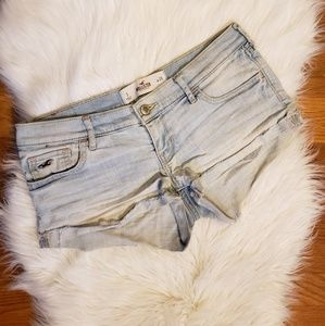 Hollister light wash low rise jean shorts